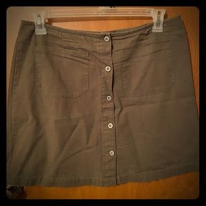 American Eagle Outfitters 14 button canvas skirt